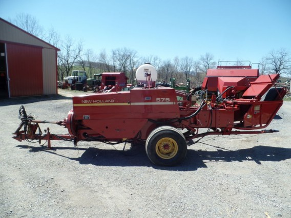 1992 New Holland 575