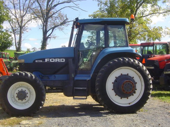 1995 Ford 8770