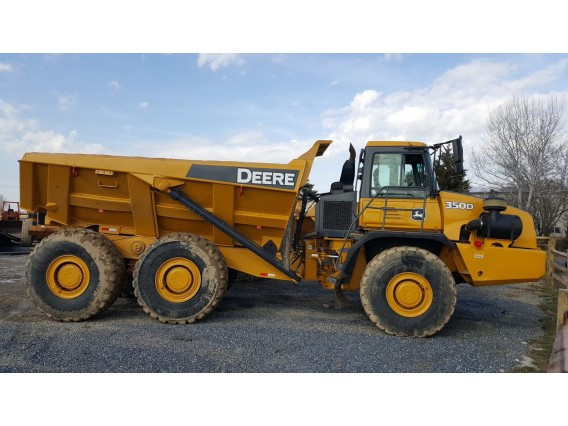 2004 Deere 350D Articulated Dump Truck