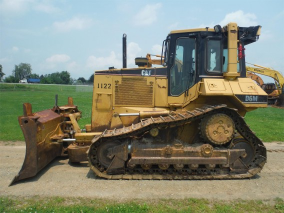 CATERPILLAR D6M XL 2001